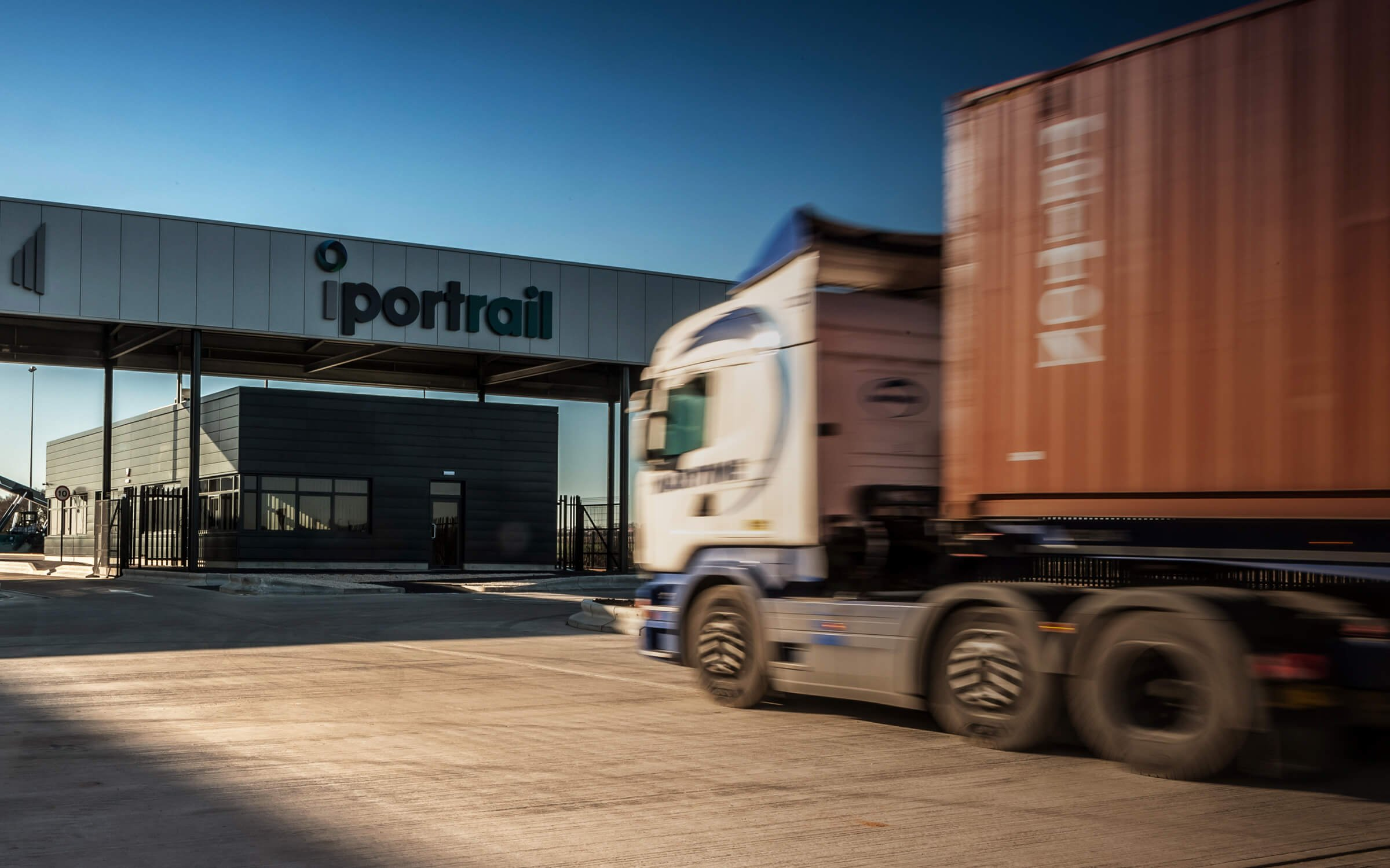 Strategic Rail Freight Terminal iPort Rail